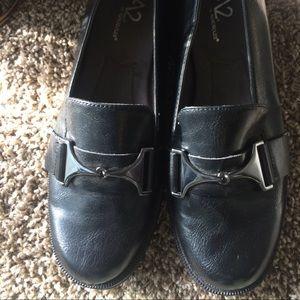 Aerosols Black size 8.5 flat shoes
